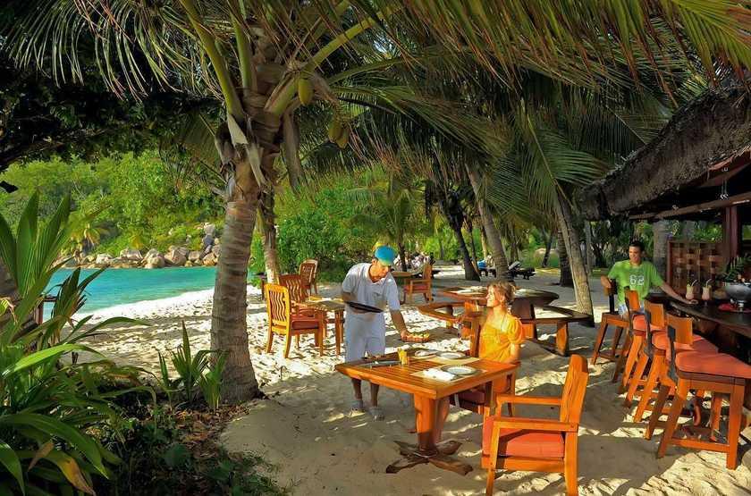 Constance Lemuria Resort, Praslin, Seychelles, restaurant plage