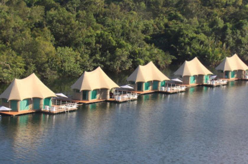 4 Rivers Floating Lodge, Koh Kong, Cambodge, tente sur pilotis