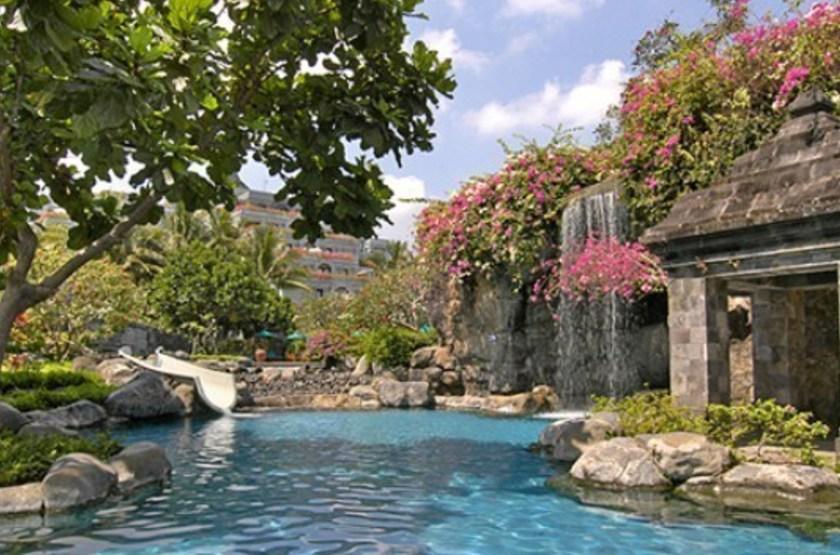 Hyatt regency   yogyakarta   piscine slideshow