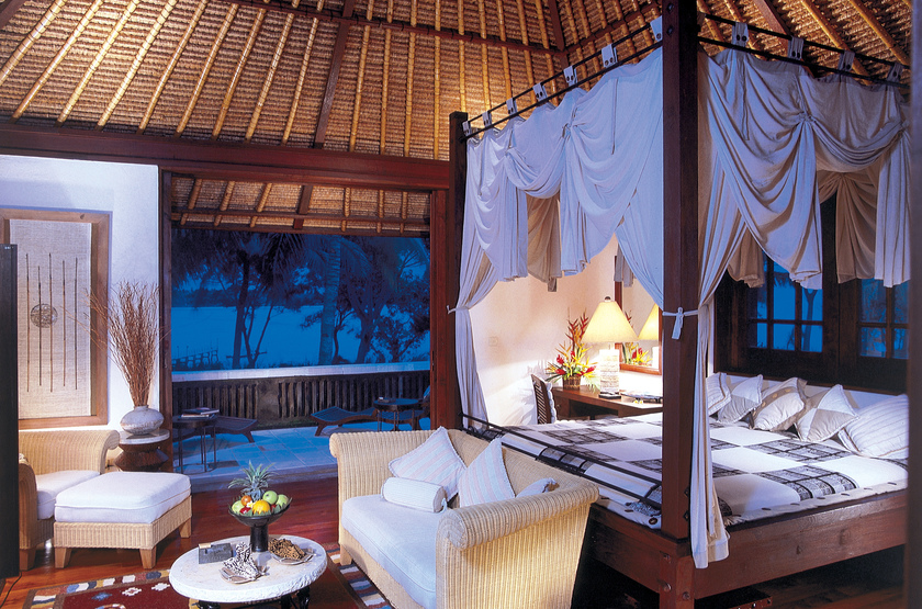 Indonesie   oberoi lombok villa bedroom slideshow