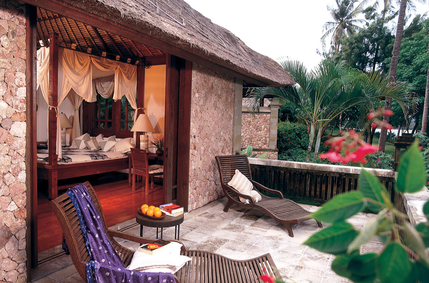 Indonesie   oberoi lombok villa terrace slideshow