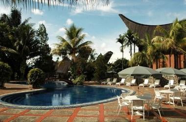 Toraja heritage   rantepao   piscine listing