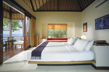 Qunci pool villa   lombok   chambre ocean view listing