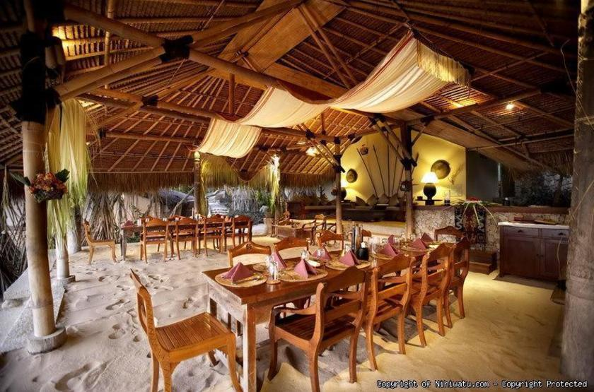 Nihiwatu   restaurant slideshow