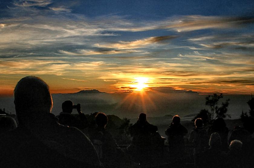 Bromo Cottages Hotel, Java, Indonésie, Mont Bromo au levé du soleil