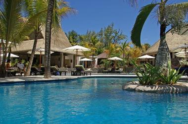 Belle mare   emeraude beach hotel   piscine listing