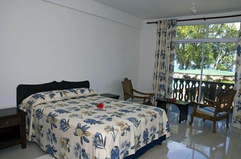 Auguerine guest house   mah    chambre standard slideshow