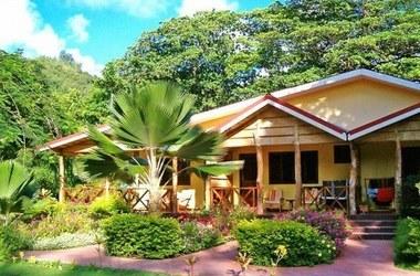 Le laurier   praslin   bungalow listing