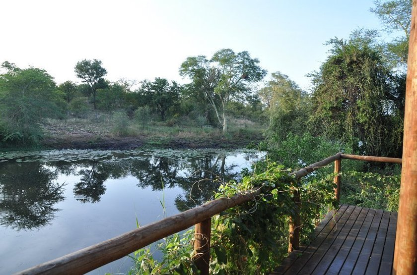 Machampane tented camp   vue rivi re slideshow
