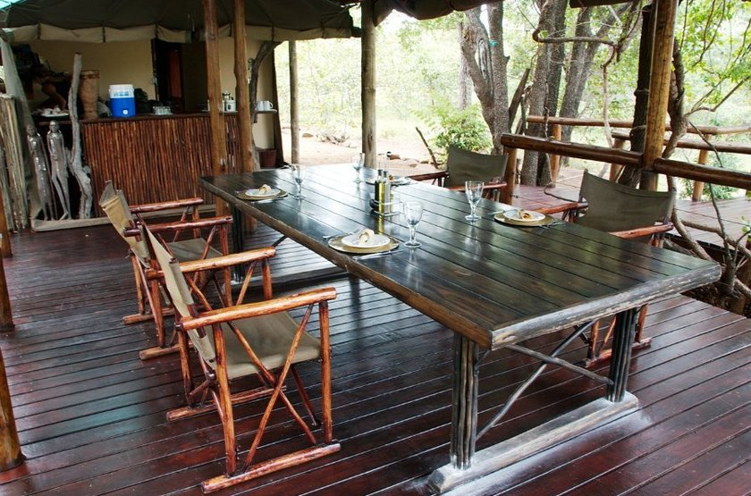 Machampane tented camp   dining slideshow