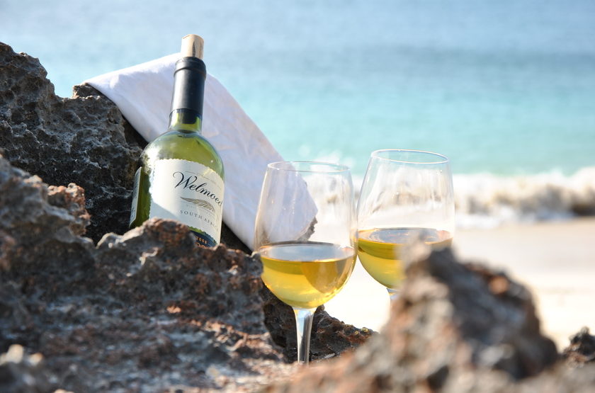 Nuarro   wine on the beach slideshow