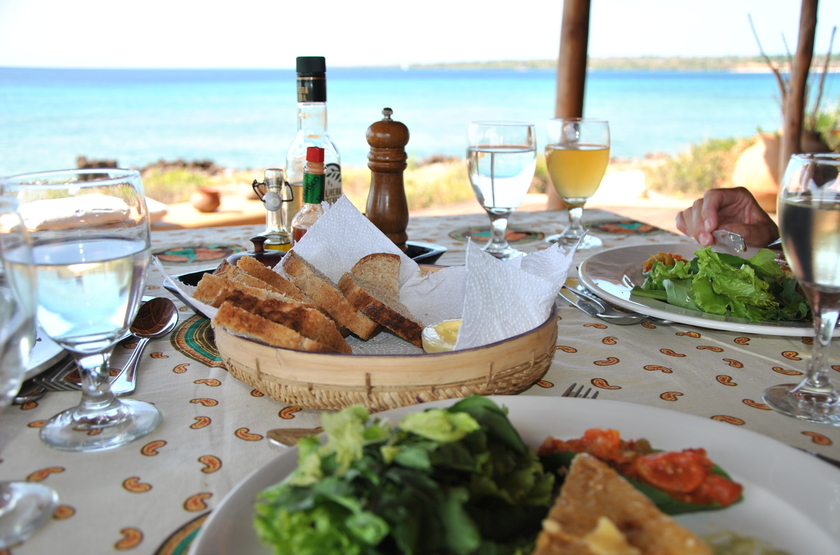 Nuarro   lunch with a view slideshow