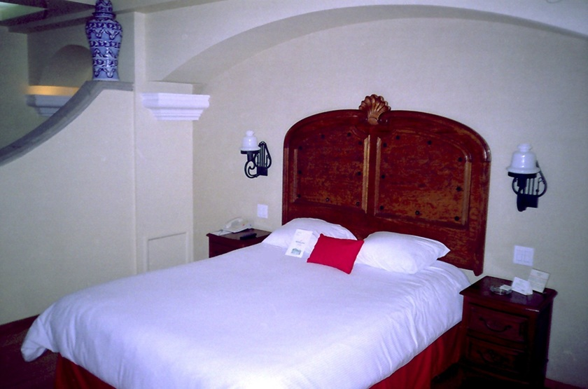Mexique   mexico   zocalo holiday inn   chambre double slideshow