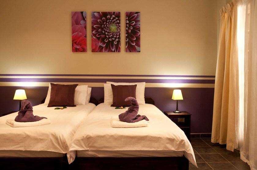 Villa violet  windhoek   chambre2 slideshow