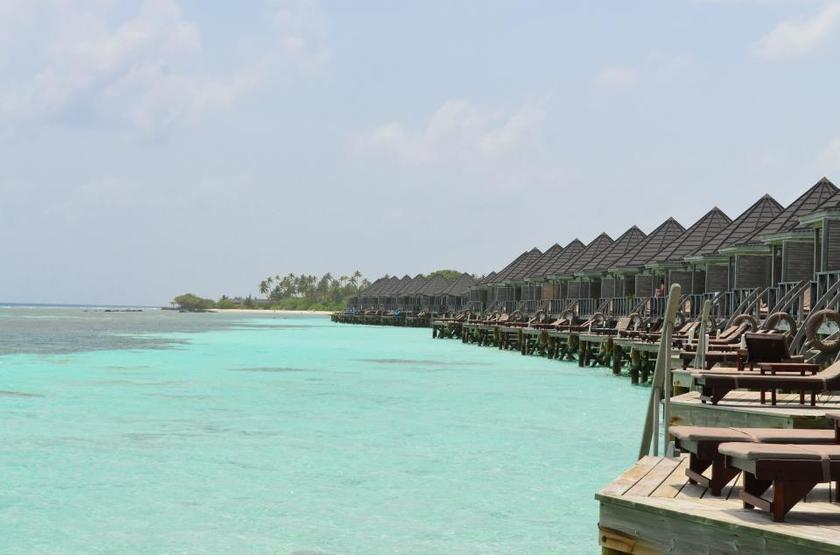 Kuredu Island Resort & Spa, Maldives, bungalow