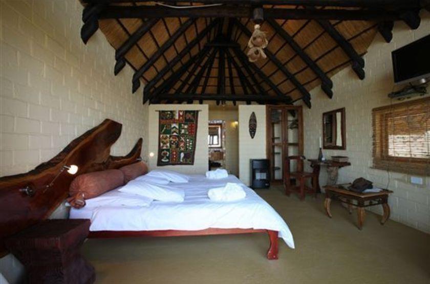 Amani lodge   namibie  windhoek   interieur chambre slideshow