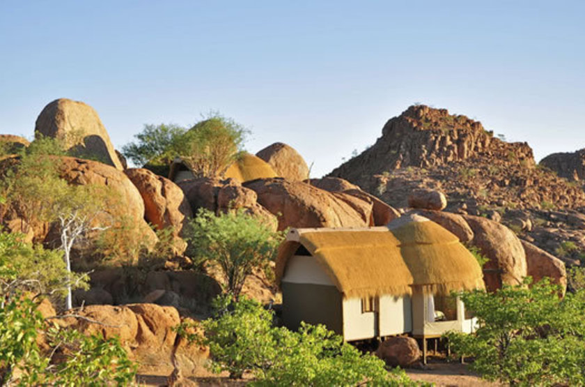 Mowani mountain lodge   namibie damaraland   exterieur habitation slideshow