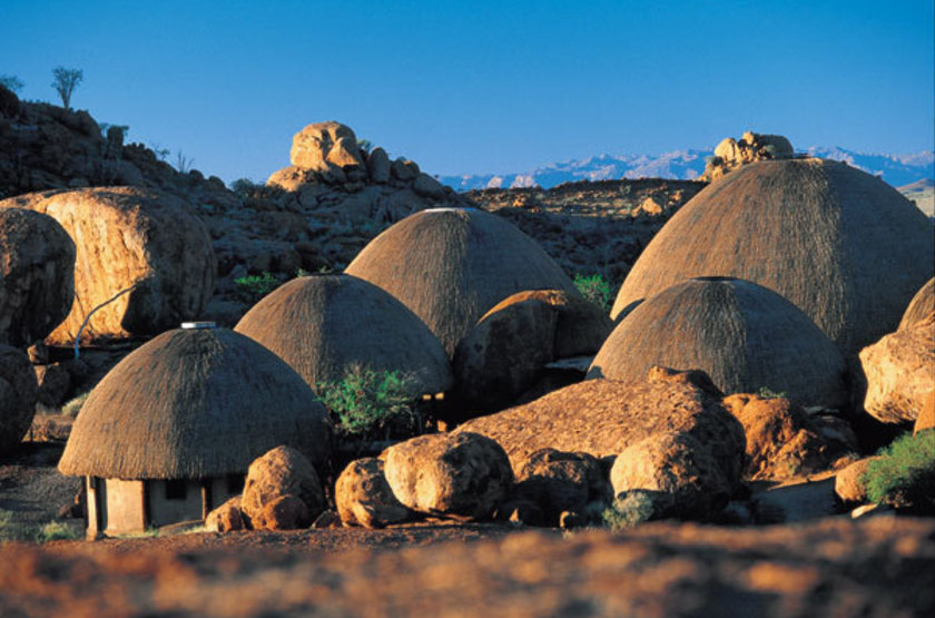 Mowani mountain lodge   damaraland   vue d ensemble slideshow