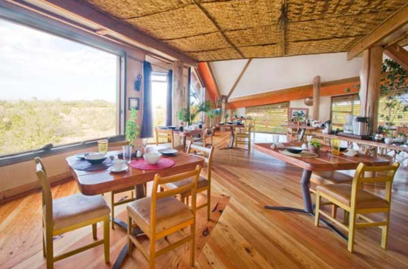 Stiltz lodge   namibie swakopmund    dining slideshow
