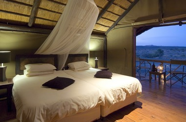 Kulala desert lodge    namibie sussusvei   tente int da listing