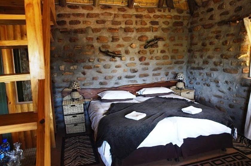 Outeniqua guest farm   namibie okahandja   chambre slideshow
