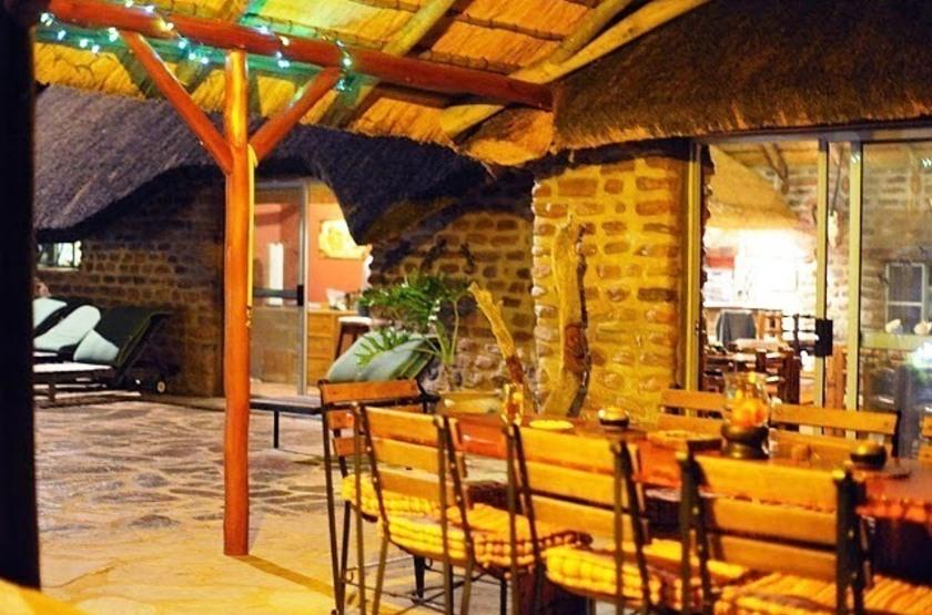 Outeniqua guest farm   namibie okahandja   resto et salon slideshow