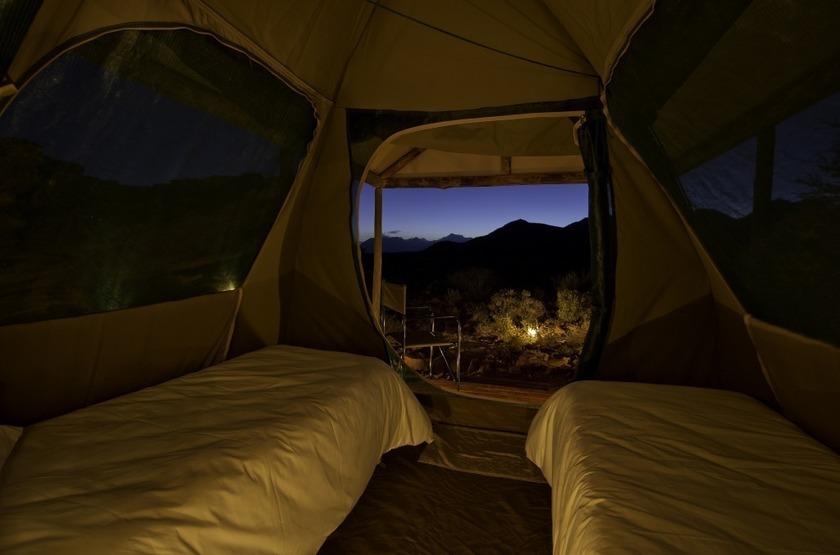 Damaraland adventurer camp int rieure tente slideshow