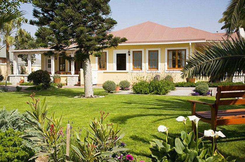 Cornerstone guesthouse   namibie swakopmund   exterieur guesthouse2 slideshow