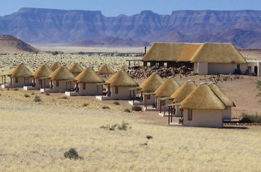 Desert homestead   namibie  desert du namib   vue des chalets slideshow