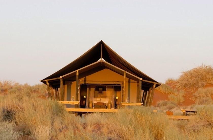 Wolwedans dune camp   namibie namib desert namib rand   exterieur tente slideshow