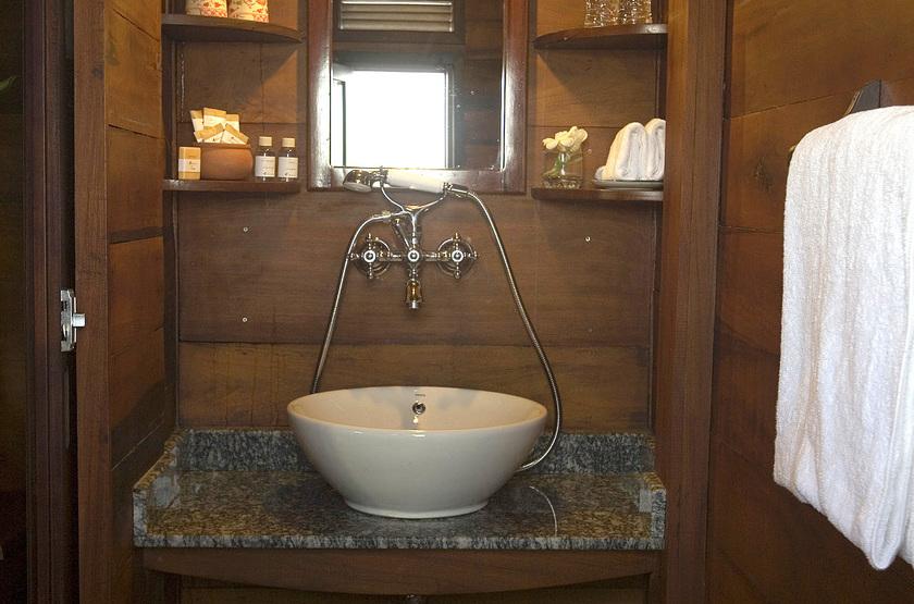 Le Bassac, Croisière sur le Mékong, Vietnam, salle de bains