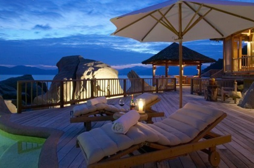 Six senses ninh van bay   vietnam ninh van bay   terrasse bungalow 2 slideshow