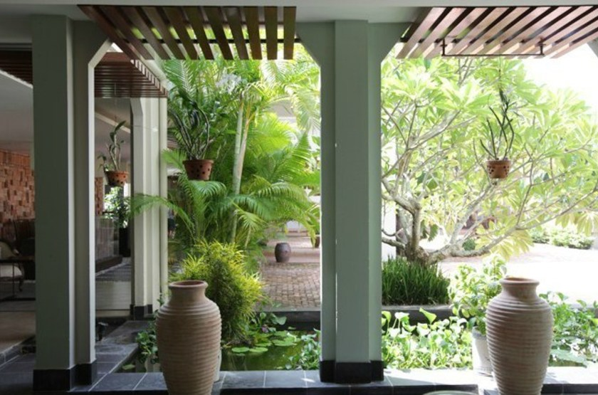 Palm garden resort    vietnam hoi anh   spa slideshow