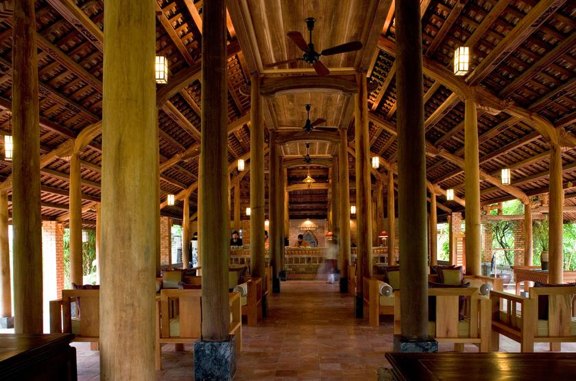 H tel pilgrimage village   vietnam hu    lobby slideshow
