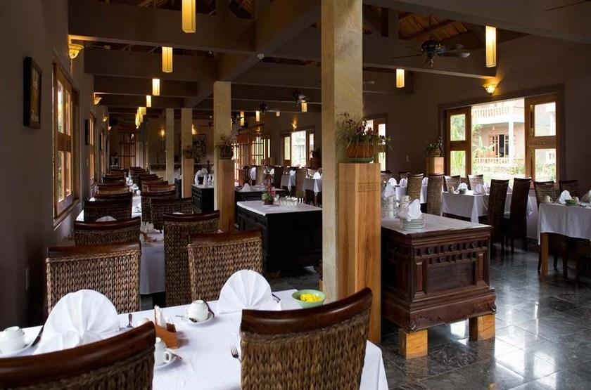 H tel pilgrimage village   vietnam hu    restaurant slideshow