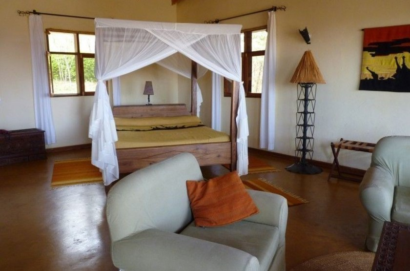 Ngorongoro farmhouse   karatu   interieur chambre slideshow