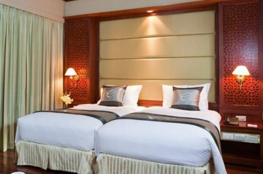 Conifer hotel   vietnam hanoi   chambre slideshow