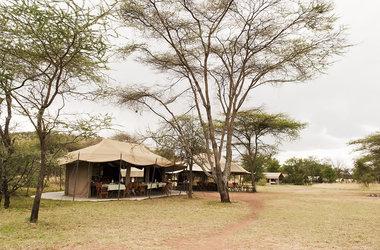 Kati kati camp   serengeti tanzania   camp listing