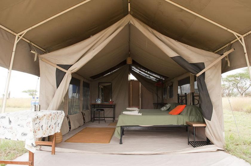 Kati Kati Camp, Serengeti, Tanzanie, intérieur tente