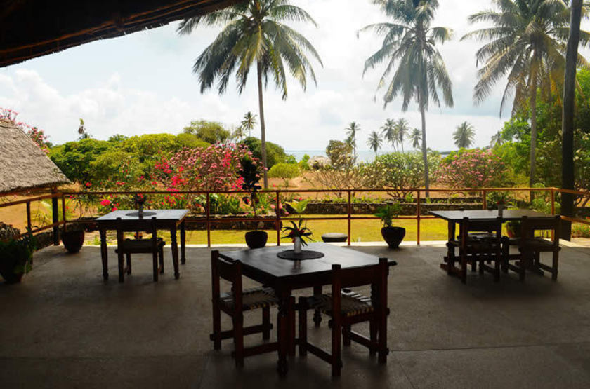 Mafia island lodge   mafia island tanzania   vue de jardin slideshow