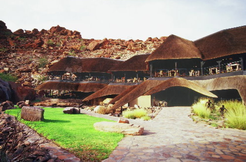 Twyfelfontein country lodge   damarland namibie   lodge slideshow