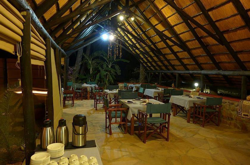 Omarunga camp   epupa falls koakoland namibie   restaurant slideshow