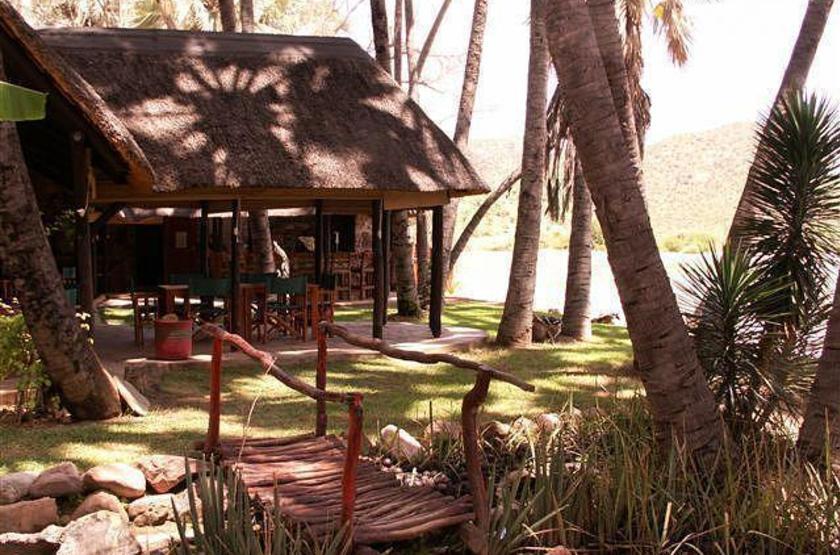 Omarunga camp   epupa falls koakoland namibie   jardin slideshow