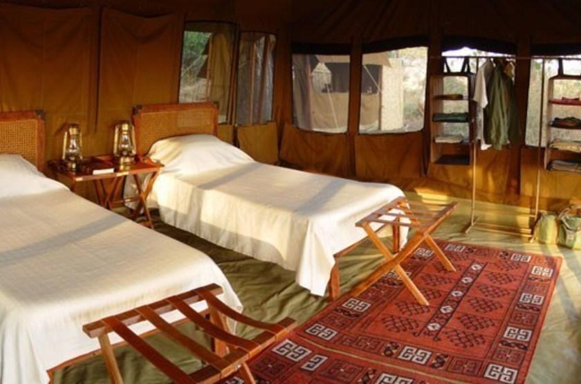 Chada katavi camp   katavi tanzanie   interieur tente double slideshow