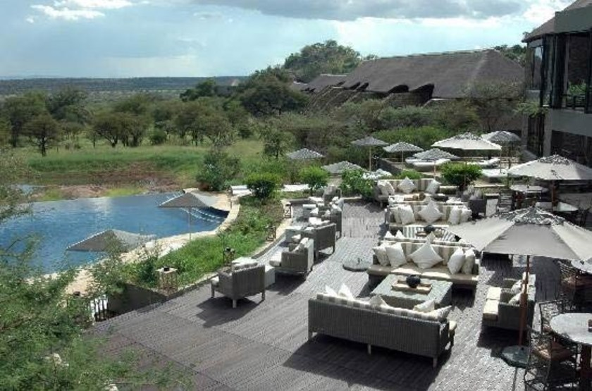 Four Seasons Safari Lodge, Serengeti, Tanzanie, piscine