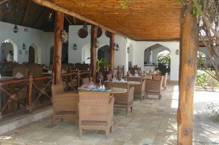 Sultan Sands Island Resort hôtel, Kiwenga, Zanzibar, restaurrant terrasse