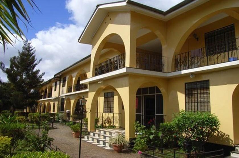Springland hotel   moshi tanzanie   b timent principal slideshow