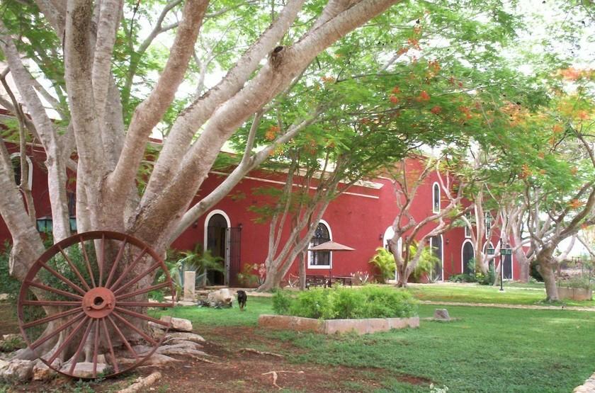 Hacienda santa cruz   merida  yucatan mexico   jardin slideshow