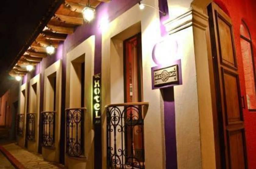Villa casa morada   san cristobal mexique   entrance slideshow