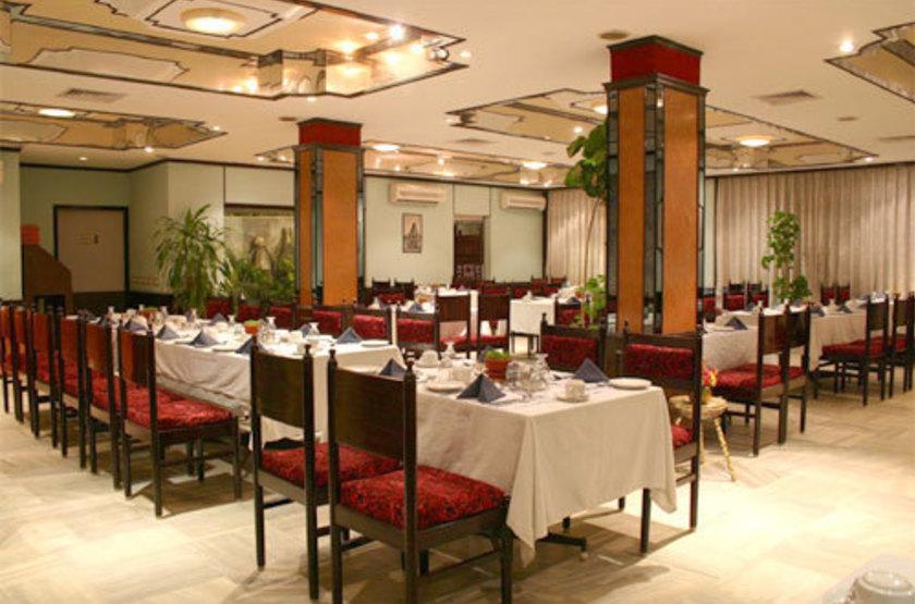 Parisutham h tel   tanjore inde   restaurant slideshow
